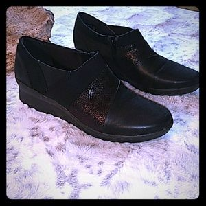 Clarks Cloudsteppers black